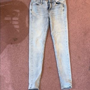 Light wash high rise jeggings from American Eagle